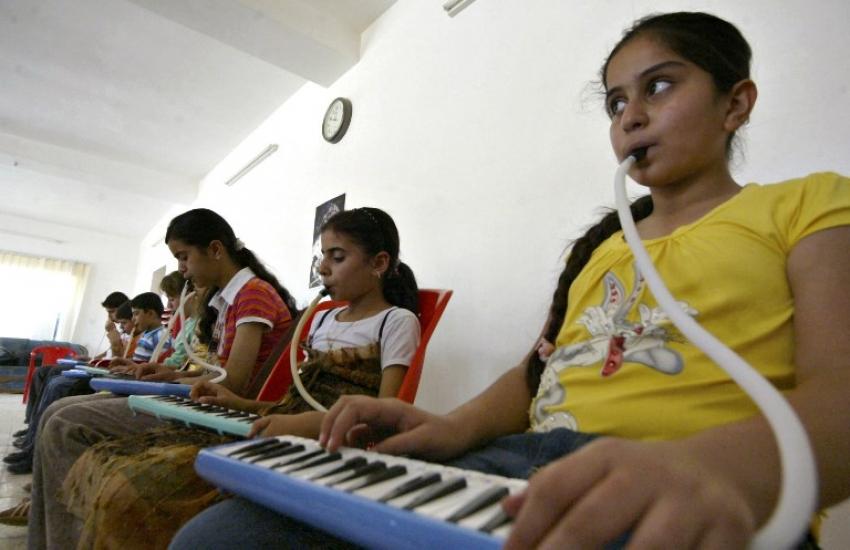 غواية اللعب موسيقياً