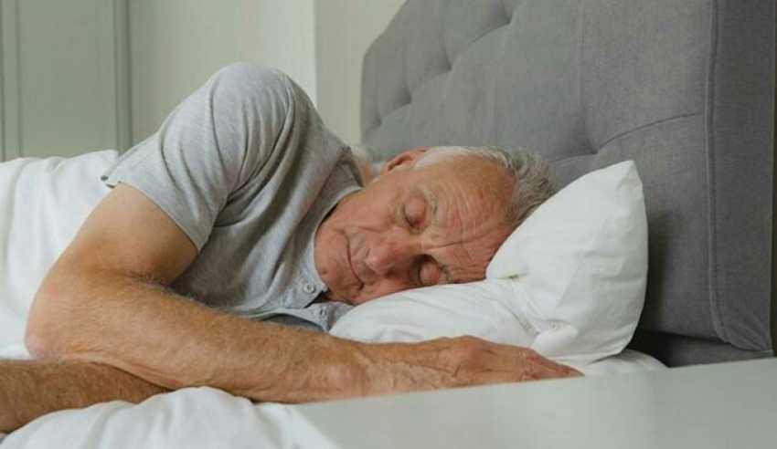 هل الموسيقى تحسن من النوم وتخفف التوتر؟
